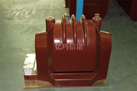 LZZBJ9-35型电流互感器